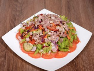 Čobanska salata s teletinom dostava