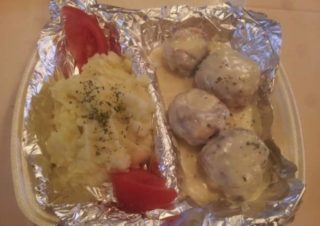 Chicken meatballs in dill sauce delivery