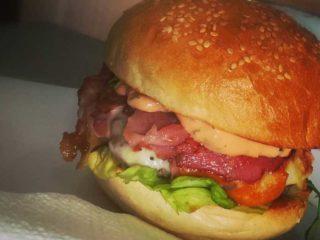 Juneći burger dostava
