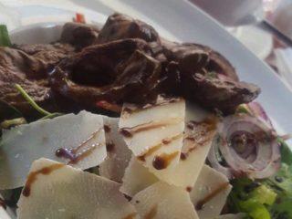 Tribeca salata sa biftekom dostava