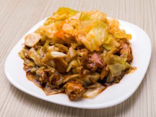 Beef with Chinese cabbage delivery