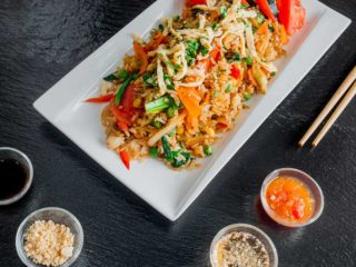 Khao Pad chicken delivery