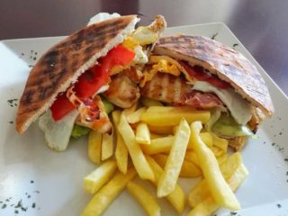 Club sandwich 26 delivery