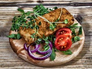 Breaded hake fillet – meal delivery