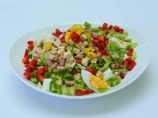 Pikantna salata dostava