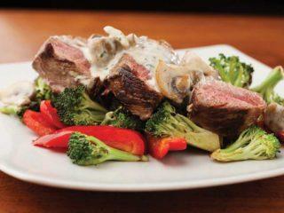 Biftek sa sosom od pečuraka dostava