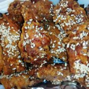 Maestro wings with sesame and honey