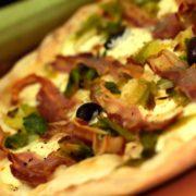 Pizza Porri e pancetta