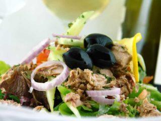 Tonno salata dostava