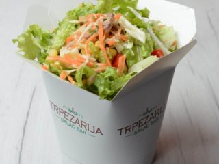 Tuna garden salad delivery