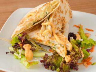 Quesadilla sendvič  Pileća salata dostava