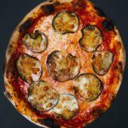 Parmigiana Ripiena klasik pica