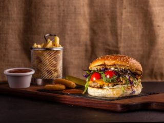 Chicken Pesto burger dostava