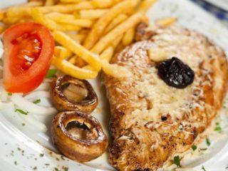 Filovana piletina na žaru sa pomfritom dostava