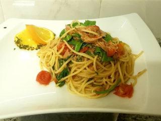 Spaghetti Tonno delivery