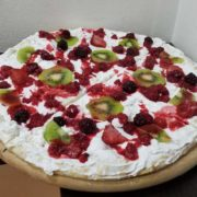 Pizza forest fruit