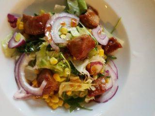 Villaggio meal salad delivery
