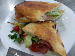 Andrea Mia sendvič dostava