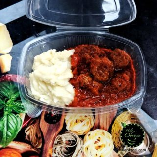 Meatballs in sauce  meal delivery