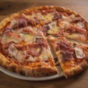 Pizza Prosciutto Parmesan