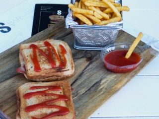 Tost sendvič dostava