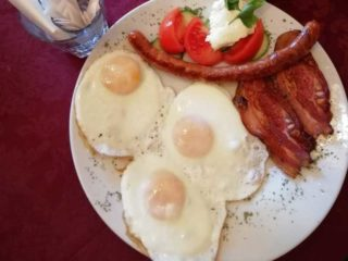 Dedin breakfast delivery