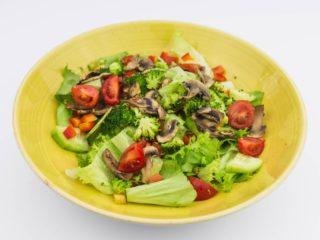 Sezonska salata dostava