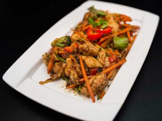 Piletina paprika brokoli dostava