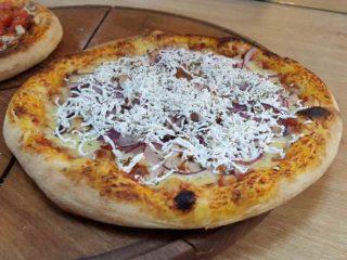 Pizza Di pollo dostava