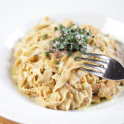 Tagliatelle with chicken, mushrooms, parmesan and dried tomato