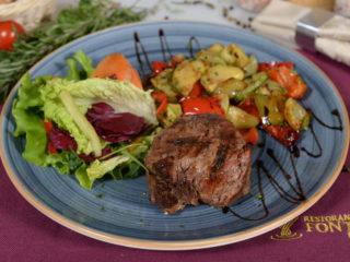 Biftek na žaru sa grilovanim povrćem dostava