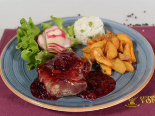 Beefsteak in forest fruit sauce delivery