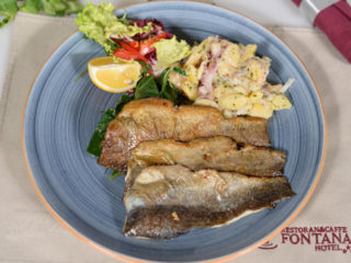 Smoked trout fillets delivery
