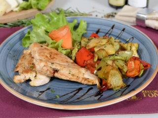 Chicken fillet with grilled vegetables delivery