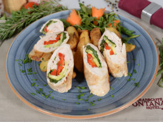Rolled chicken with vegetables delivery