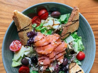 Salad with smoked salmon delivery